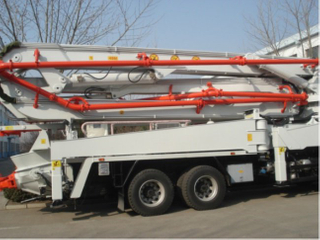 Sinotruk Howo construction 48m concrete pump truck mounted cement pump truck