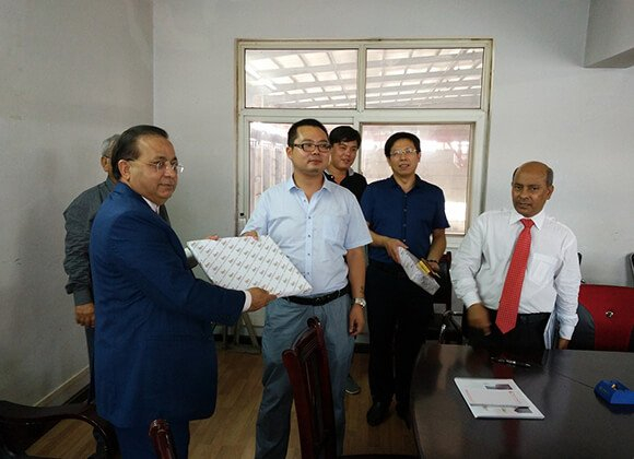 Customers from Bangladesh visited ChengLi for long term agency business